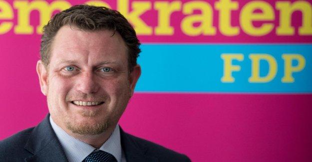 FDP Député Jimmy Schulz parle de son Cancer