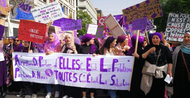 La médisance, de la Scène au Frauenstreik: les femmes musulmanes en raison de Foulard angepöbelt