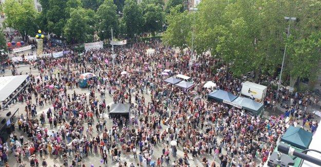 Le commentaire de l'Frauenstreik: Les Hommes doivent rentrer en Vue