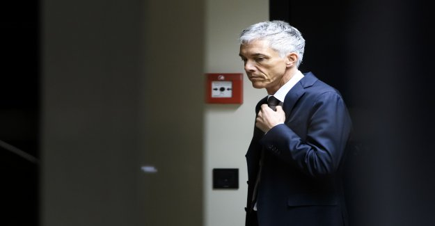 Procureur général de la confédération Lauber, en raison de réunions secrètes de la Fifa le Boss mal à l'aise