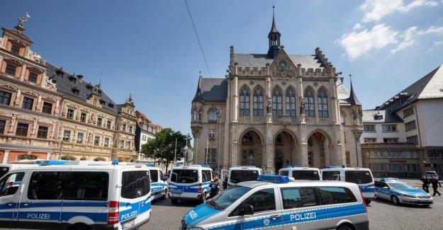 Zwickau: attentat à la Bombe contre l'hôtel de ville – vue d'une intervention massive sur le marché principal