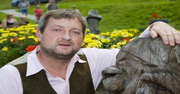 Acteur Maximilien Krückl a été de 52 Ans, Vue