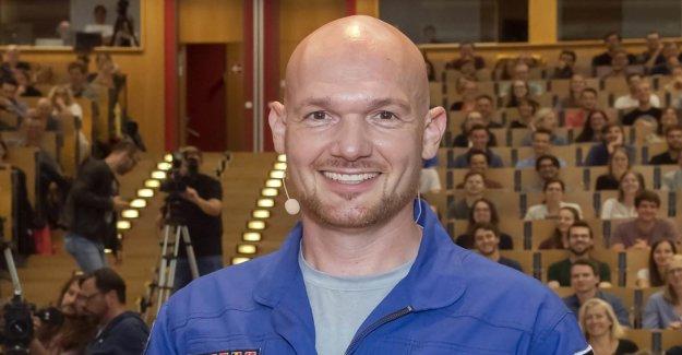 Docteur Astro-Alex - Astronaute Alexander Squelette reçoit le titre de docteur honoris causa