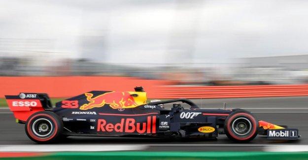 GP d'Angleterre: Max Verstappen circule dans le circuit de Silverstone dans le film de James Bond-Renner