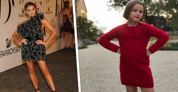 Harper Beckham (8) déjà Maman - Chic Pose assis