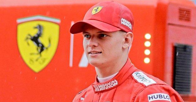 Mick Schumacher à bord de la Ferrari F2004 de son père
