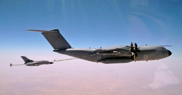 Photos Exclusives! - Ici, vole les forces Aériennes sur la Syrie