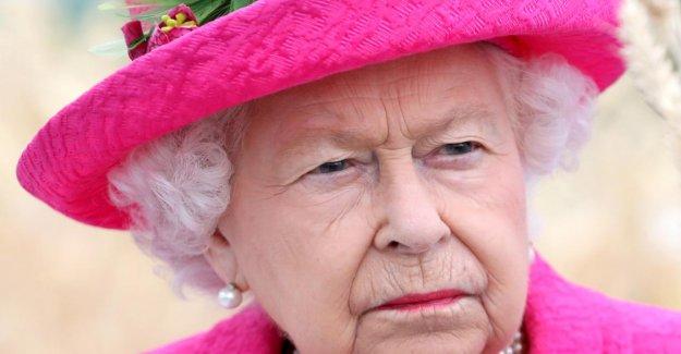 Queen était à la Maison, l'Homme (22) annule la nuit dans le Palais de Buckingham est un
