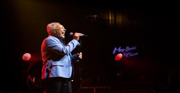 Tom Jones secoue le Festival de Jazz de Montreux - Vue