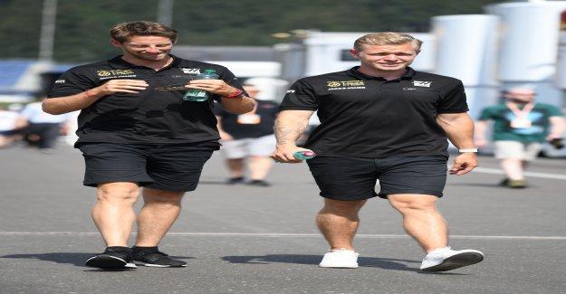 Tourbillon autour de Sponsors à la Sortie lors de l'écurie de F1 Haas Vue