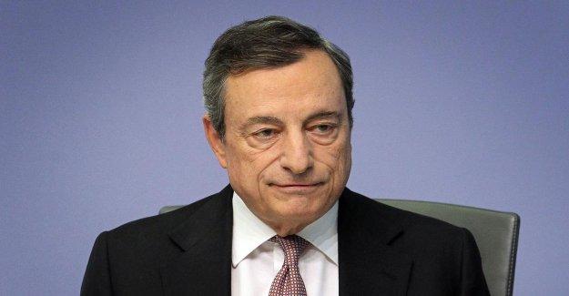 BCE-Taux: les Caisses d'épargne de la Colère peut être Nullzins-Draghi froid