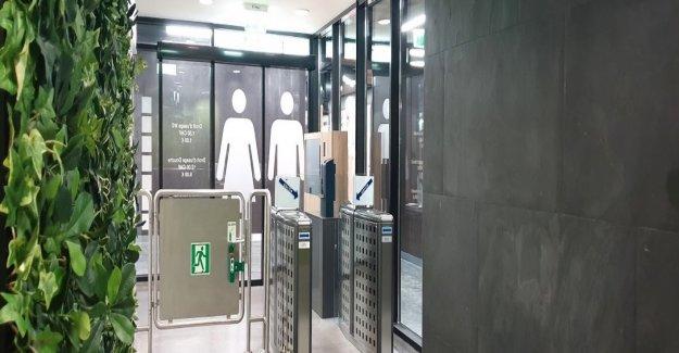 CFF tester le Concept de la Gare-Toilettes: Le point de changer