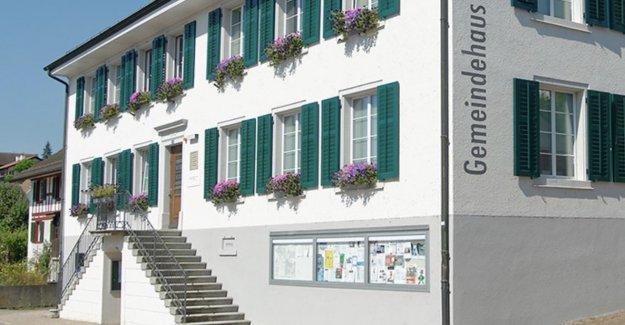 De téléphone cellulaire et un ordinateur Portable,-Interdiction au conseil Municipal de Glattfelden ZH - Vue