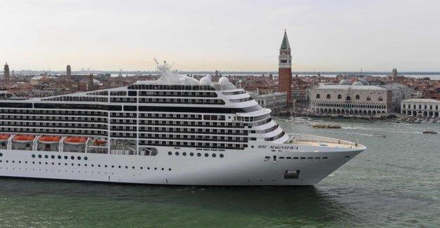 Des Itinéraires alternatifs recherché - Venise banni les bateaux de Croisière