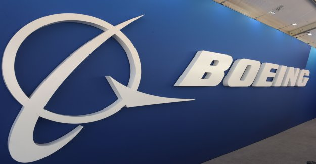 Ensuite, Problemflugzeug: Boeing déplace Début de 777-8 - Vue