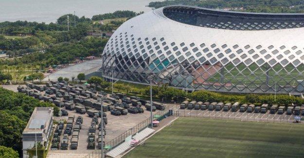 Hong kong-Crise: la Chine, l'Armée tient les Troupes de l'Exercice dans le Stade à partir de