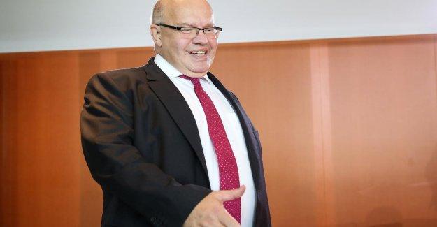 Le ministre de l'economie va sur le cap de retour à des Finances Scholz - Altmaier veut Solos complètement abolir