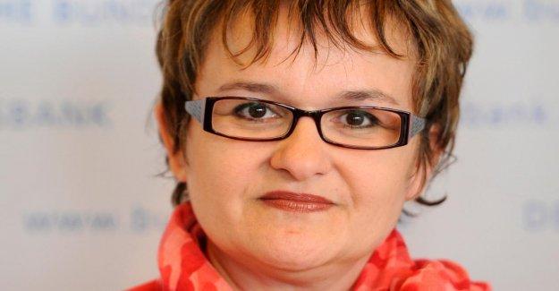 BCE: Allemand Directrice Sabine Lautenschläger se retire
