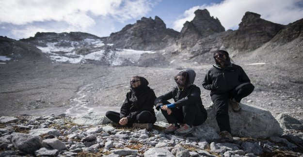 Commémoration de Pizol: Glacier est Victime du changement Climatique - Vue