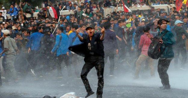 Des centaines de Blessés en Indonésie: les Émeutes contre le nouveau Anti-Sexe-Loi