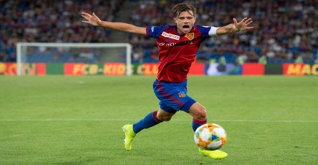 Football: Lustenberger/Stocker sont des Capitaines de YB et de la FCB Vue
