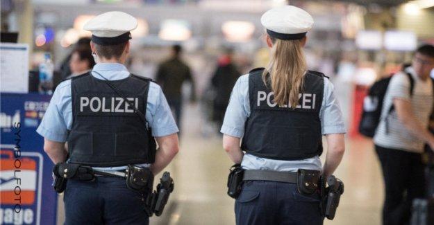 Francfort: Blessures ministre de l'acte d'Accusation à l'encontre de huit Bundespolizisten