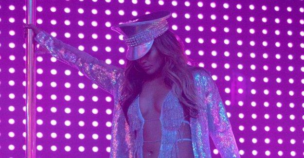 Jennifer Lopez: HustlersFilm: la Véritable strip-teaseuse plaindrai