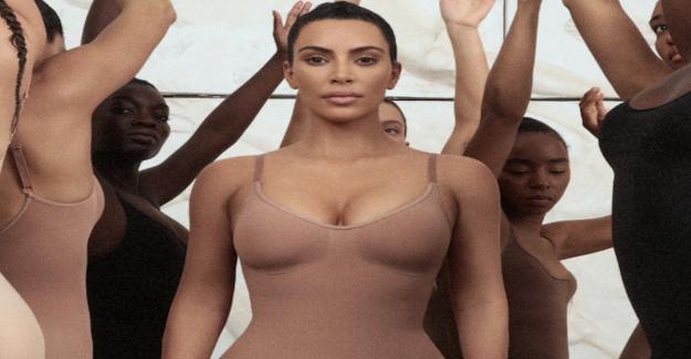 Kim Kardashian: Son sous-Vêtements-Vente à travers le toit - Vue