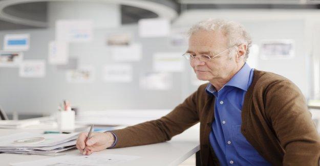 L'Économie de ce fait peu pour les Travailleurs plus âgés à conserver