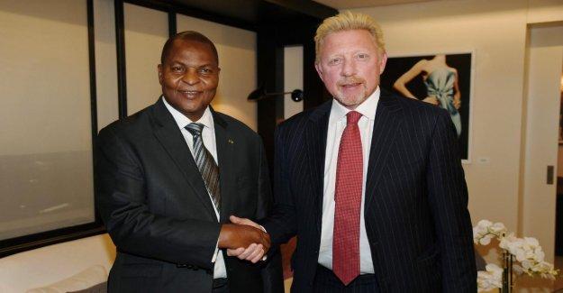 Le passeport diplomatique pour l'afrique Centrale: Boris Becker Pass Aides-arrêté!