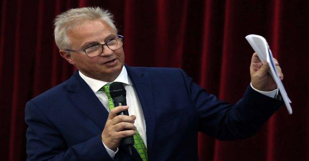 UE: de la Leyen Laszlo Trocsanyi, le Suisse-Dossier? - Vue
