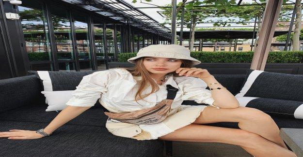 Xenia Tchoumi sur le Stress à la Fashion Week de New York - Vue