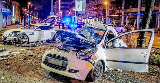 J'ai honte: Stuttgart Jaguar-Chauffards, confesse et pleure