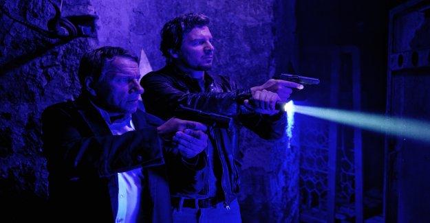 Krimikolumne la «scène de Crime: Le Gardien du Seuil» - Vue