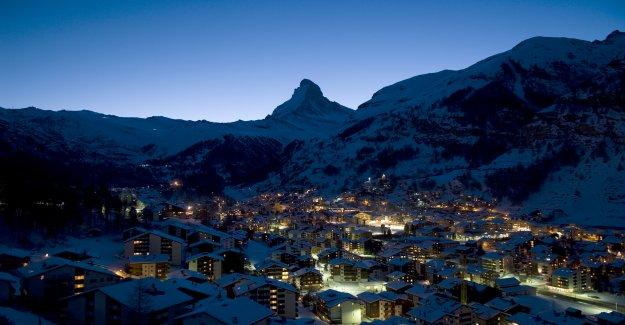 Les italiens doit Élève à Zermatt violée avez - Vue