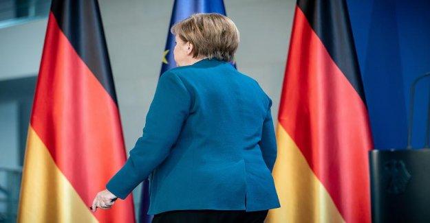 Merkel se rend dans la Quarantaine: Ce qui se passe quand la Chancelière tombe en panne?
