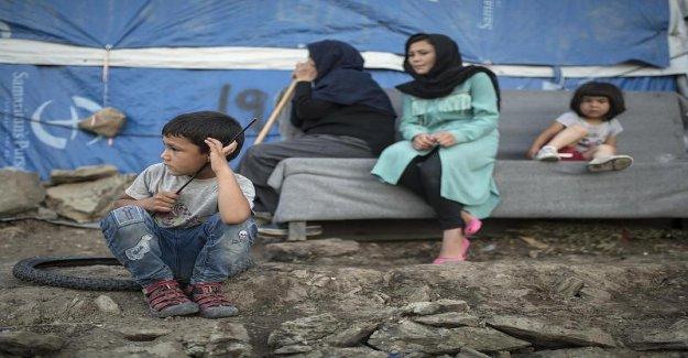 Pas d'Eau, pas de Médecine, maintenant la Gale: Lesbos, les Réfugiés de l'expérience de l'Enfer sur Terre