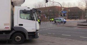Élève voulait à Vélo sur Route: Camion de collecte, 17 Ans, est morte