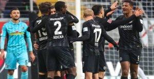 Francfort, 3:1 contre Fribourg: Insatisfait Vainqueur