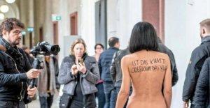 Düsseldorf: Milo Moiré nu au Musée