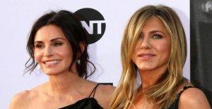 Jennifer Aniston: un Atterrissage d'urgence avec Jet privé! Frayeur pour un Anniversaire, un Trip