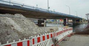Salvador-Allende-Pont - de-Chantier de Berlin Blackout a mené