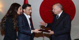 Ambassade de turquie: IMAGE-Commentaire de la Özil-Débat était Manipulation