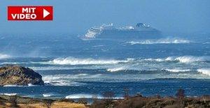 Bateau de croisière Viking Sky de la Norvège en Détresse Cargo étincelles Mayday