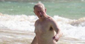 Charles, à la Barbade, de l'Aide, un Prince va se baigner!