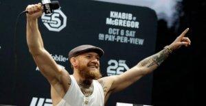 Conor McGregor fait du chantage à l'UFC: Maintenant il tourne complètement à travers!