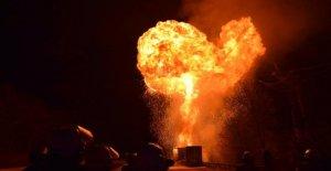 Herleshausen: déploiement à grande échelle sur l'A4: le transport de marchandises Dangereuses Camionneurs brûlé