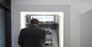 Profondeur de l'Intérêt et de la haute Banque, des Frais de nerfs la Suisse - Vue
