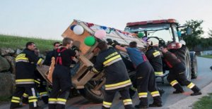 Autriche: les conducteurs de tracteurs recueillies après Cerf de Prison