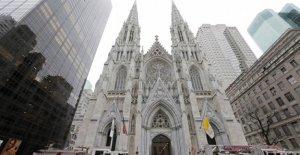 Cathédrale saint-Patrick à New York, un Homme a voulu avec de l'Essence dans l'Église – Arrestation
